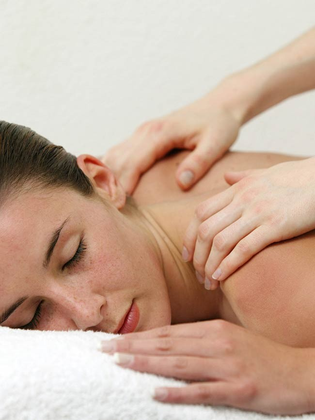 Back treatment cure during 6 days  + 1 bedroom flat for 7 nights